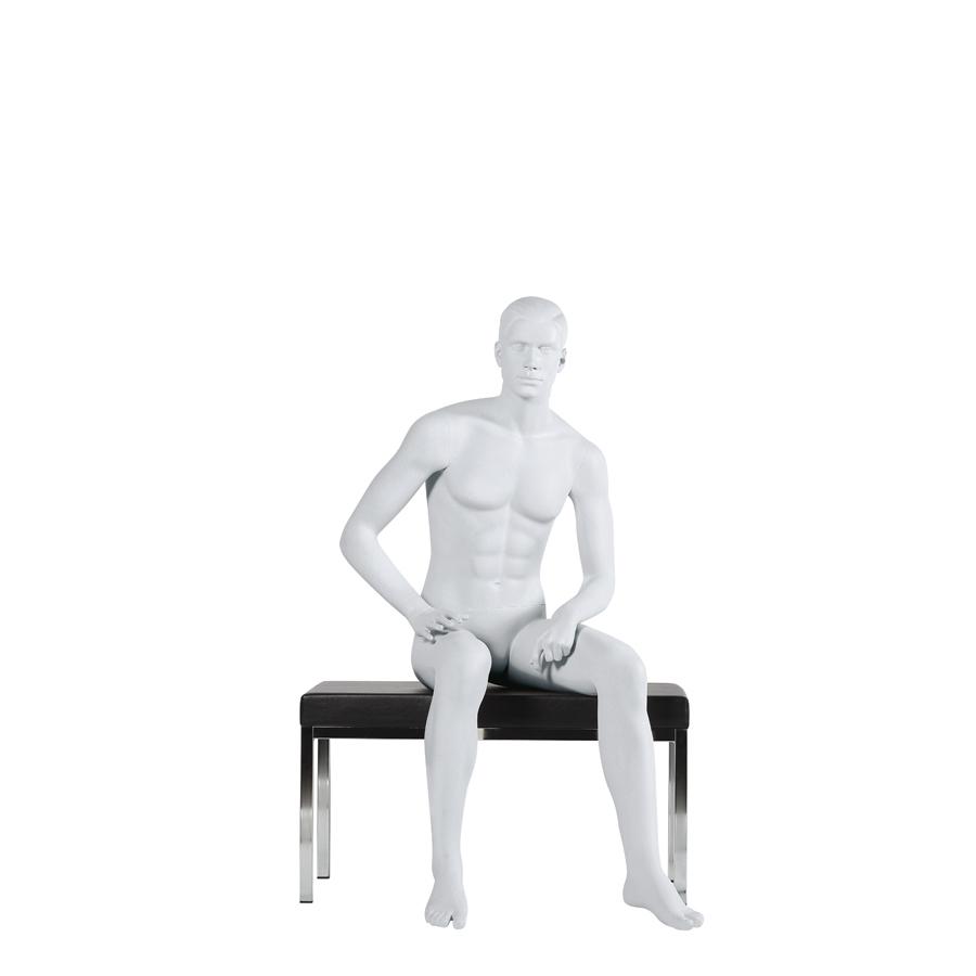 Sitzende Schaufensterpuppe männlich